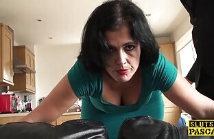 Prostituta do vídeo de ponografia comércio áspero